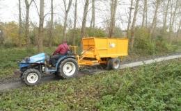 Schelpenwagen voor aanleg en onderhoud van paden