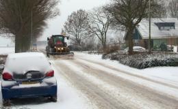 Gladheidsbestrijding - Sneeuwschuiven op toegangswegen en fietspaden